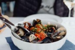 kaboompics_Seafood spaghetti (1).jpg